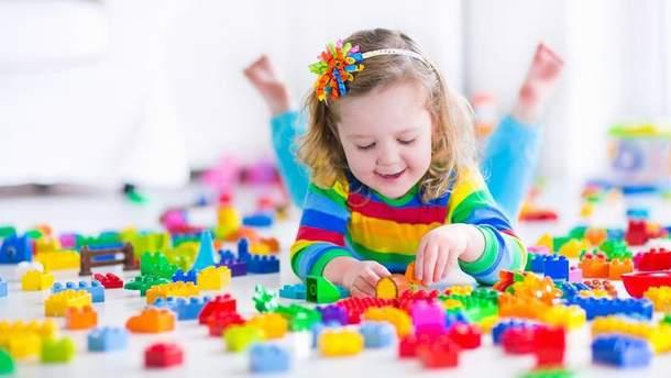 Деякі іграшки здоров'ю малюка