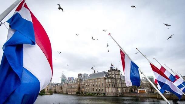 В Нидерландах – споры относительно чрезмерного количества англоязычных курсов