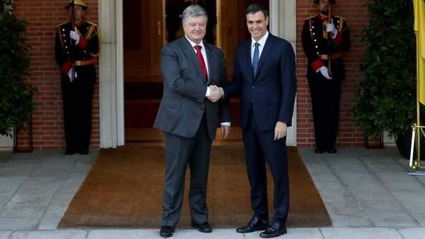 Петр Порошенко обсудил с Педро Санчесом вопросы двусторонних отношений Украины и Испании