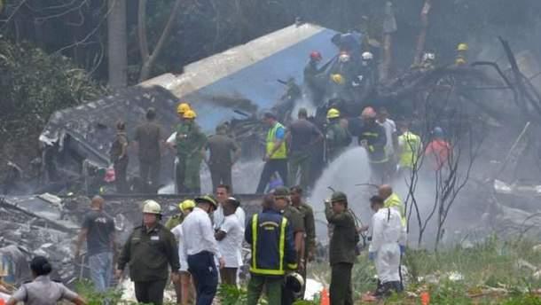 Единственная пассажирка, которая выжила в авиакатастрофе на Кубе, уже самостоятельно дышит и находится в сознании