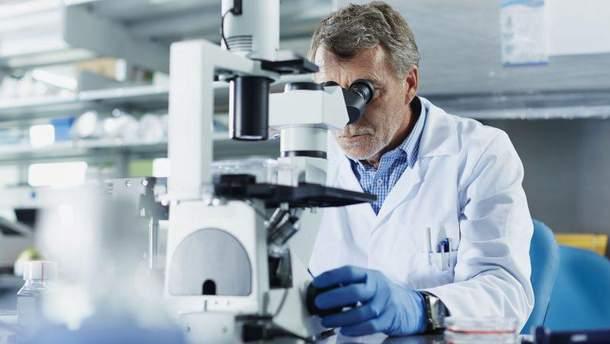 Вчені створили першу молекулу, яка руйнує мозок