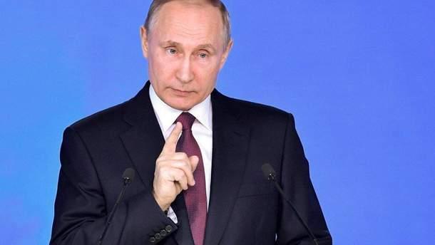 """Путін заявив, що говорити про обмін ув'язненими між Україною і РФ """"поки передчасно"""""""