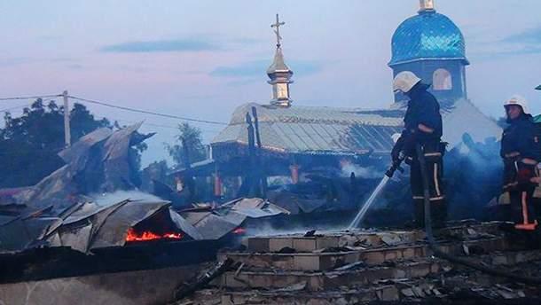 На Прикарпатье сгорела старинная церковь