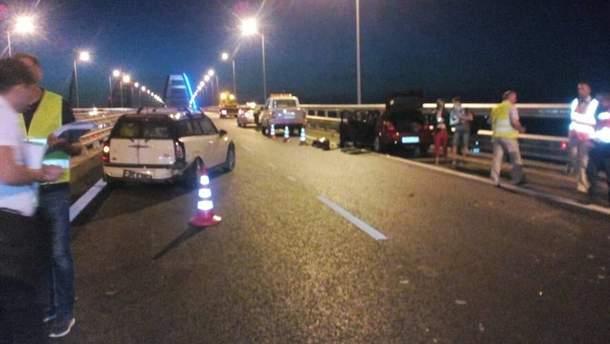 На Крымском мосту произошло тройное ДТП
