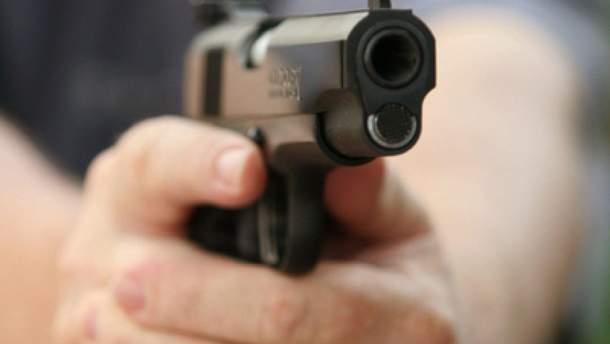У Маріуполі чоловік напідпитку стріляв на дитячому майданчику