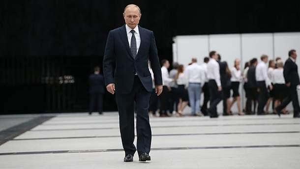 Володимир Путін уже подавав у відставку