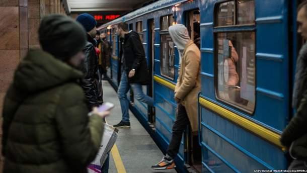 Киевское метро планирует полностью обновить аудиообъявления