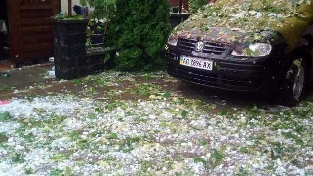 У Закарпатті злива з градом наробила шкоди