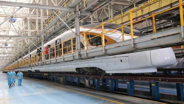 Найдовший високошвидкісний потяг у світі Fuxing