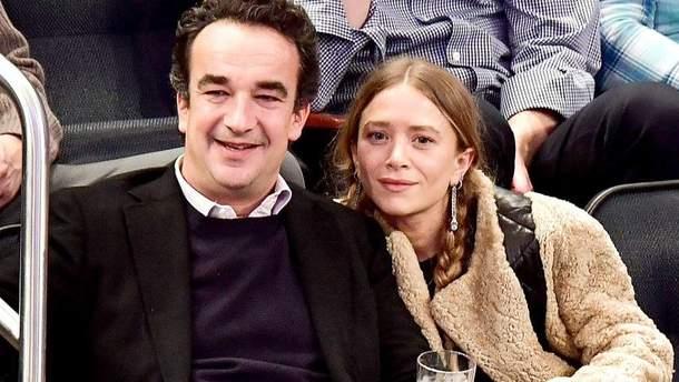 Олів'є Саркозі з Мері-Кейт Олсен і подругою сім'ї