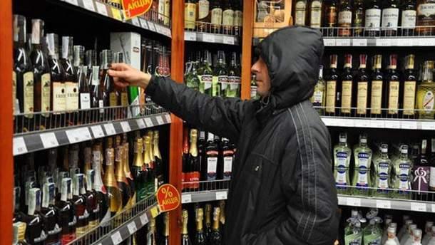 Киевсовет собирается запретить ночную продажу алкоголя в столице