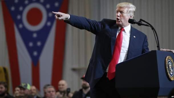Трамп схвалив введення мит на товари з Китаю