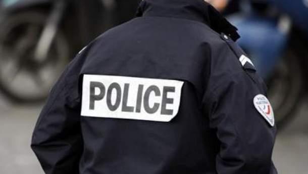Правоохранители пока не нашли преступника