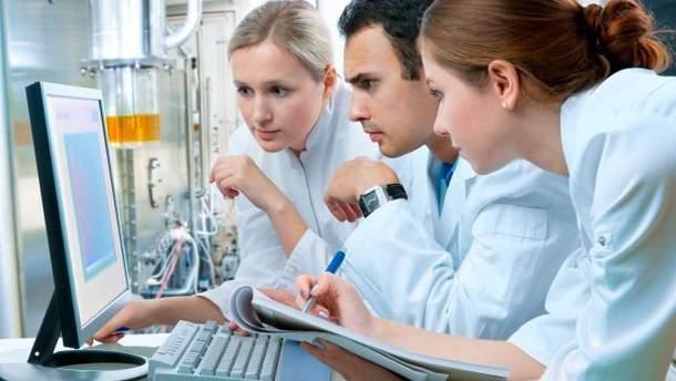 Обязательное лицензирование врачей в Украине