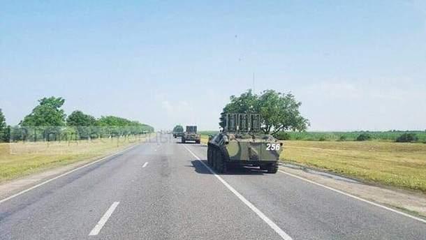 Колона російської військової техніки біля кордону з Україною