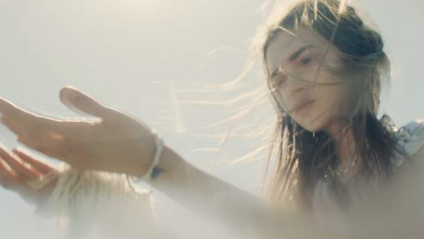 "Группа ""ВВ"" выпустила видеоклип на трогательную народную песню ""Дібрівонька"""
