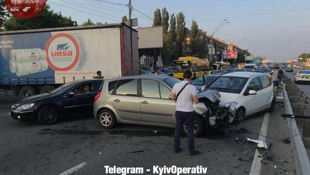 У Києві сталася масштабна ДТП
