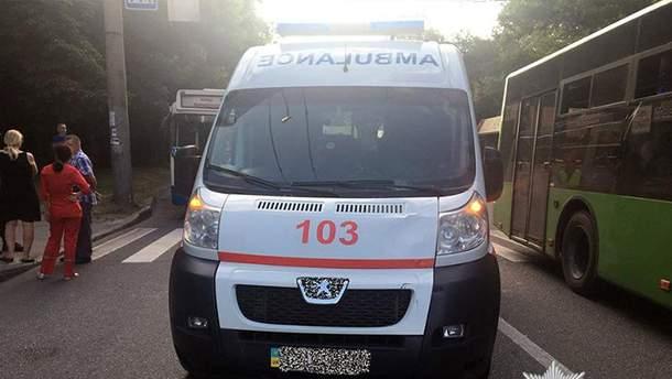 Машина скорой помощи в Харькове сбил 15 летнего подростка