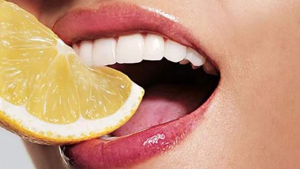 Почему возникает чувствительность зубов и что с этим делать