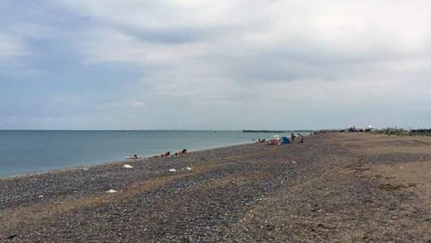 Пляжи оккупированного Крыма поражают пустотой