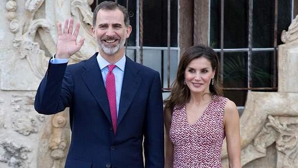 Королева Летиция продемонстрировала изящное платье в США