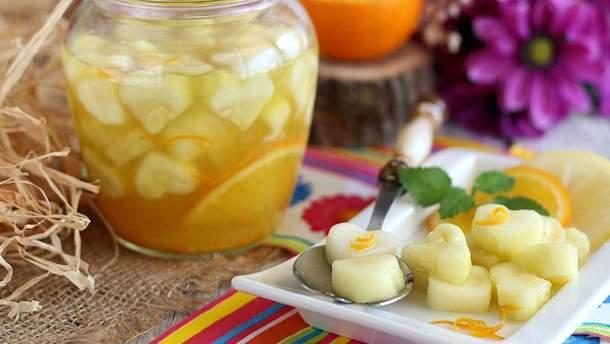 Рецепт консервованих солодких кабачків, які нагадують смак ананасу