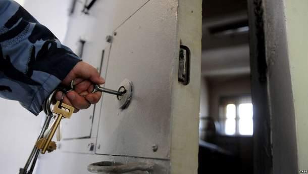"""В тюрьму можно пройти и по трамвайному билету, если вам """"старший дядя"""" позволит, – Фейгин"""