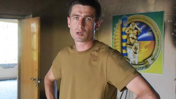 Военный, которого избили в кафе Мариуполя
