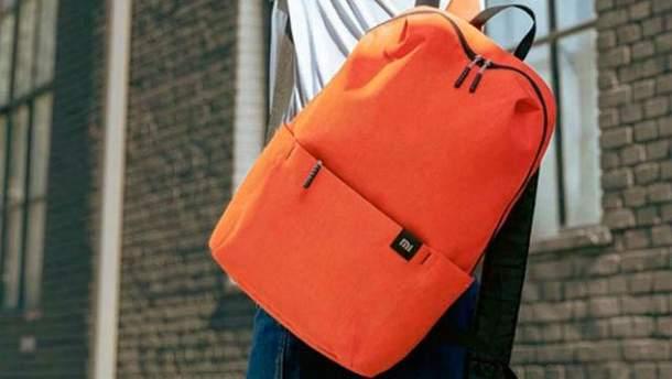 Рюкзак от Xiaomi идеально подойдет для ношения ноутбука