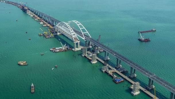 Турчинов считает Крымский мост серьезной угрозой безопасности Украины