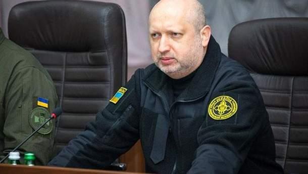 Турчинов розповів про загрозу для України розміщеної у Криму російської зброї