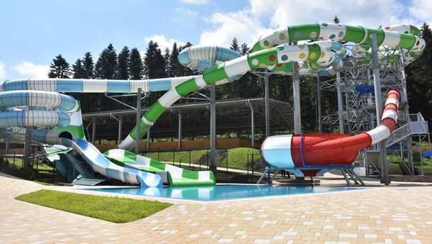 У Східниці на Львівщині відкрили великий аквапарк