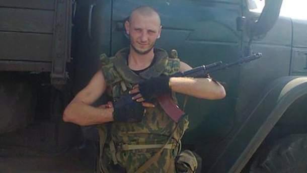 """На Донбасі загинув проросійський бойовик Максим Довбня з позивним """"Бармен""""."""