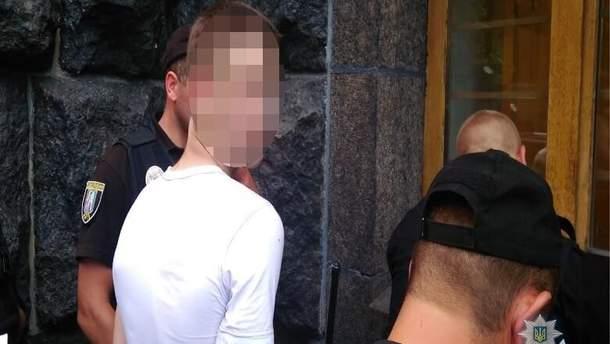 Под Радой задержали подростка с оружием