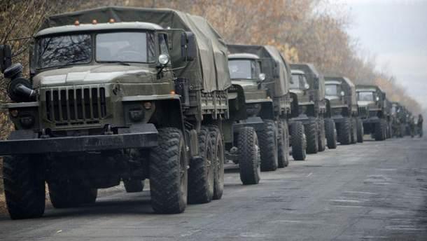 Українська сторона СЦКК повідомила про рух колони техніки бойовиків у районах Антрацита та Алчевська