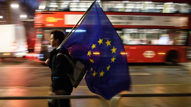 Гражданам ЕС после Brexit позволят жить в Великобритании