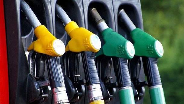 Бензинова криза: чому в Криму паливо дорожче, ніж в Росії