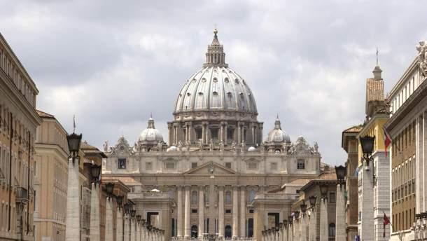Колишнього ватиканського дипломата засудили за зберігання дитячої порнографії