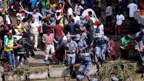 Затримано 30 осіб за причетність до вибуху на мітингу у Ефіопії