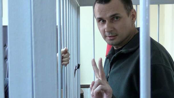 Россия во внутренних документах признает Сенцова гражданином Украины – адвокат Динзе