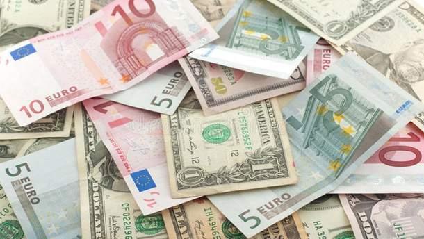 Наличный курс валют 25 июня в Украине