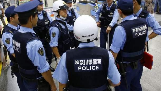 В центральной Японии два человека погибли во время вооруженного нападения