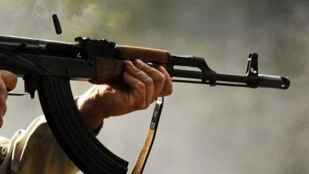 Неизвестные начали стрелять из автомата во время футбольного матча на Полтавщине