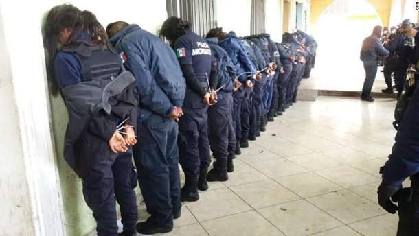 28 правоохранителей допрашивают в связи с подозрением в причастности к убийству кандидата в мэры города
