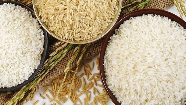 Лікарі розповіли, кому не можна їсти рис