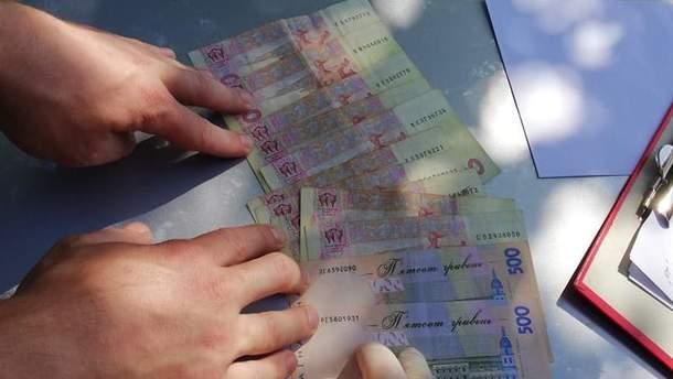 Чиновника в Кировоградской области задержали на взятке