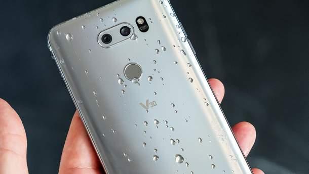 Предыдущая модель флагманского смартфона – LG V30