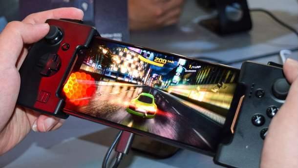 Смартфоны для игор: Asus ROG Phone