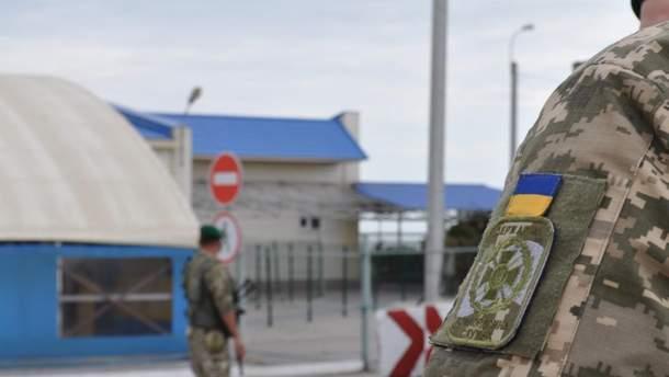 На границе с Россией застряло почти 300 автомобилей