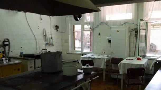Лагерь в Донецкой области, где отравилось полсотни детей, закрыли